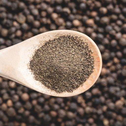 Black_Pepper_powder_900x900.jpg